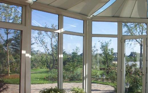 铝合金门窗的制作工艺。