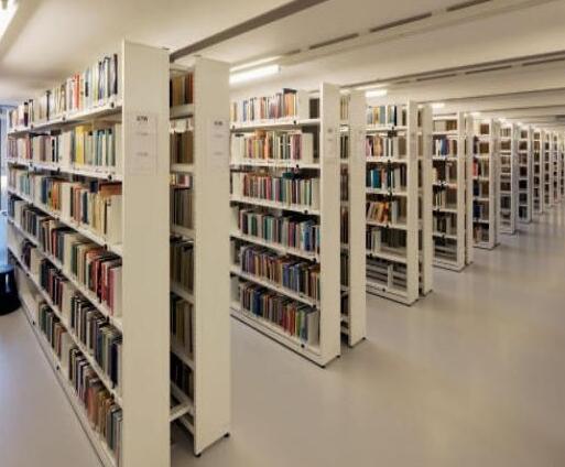 图书馆怎么装修才不会一板一眼?