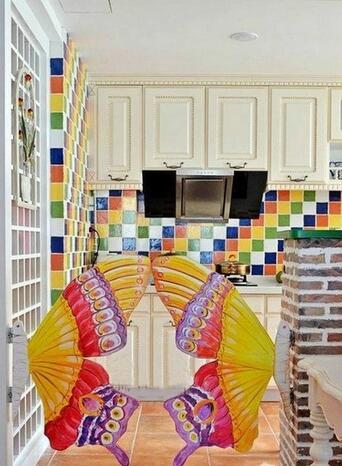 厨房的门应该选择什么材料的?