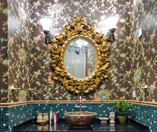 卫生间的镜前灯摆放有什么注意事项?