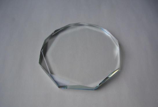 水晶玻璃是什么?