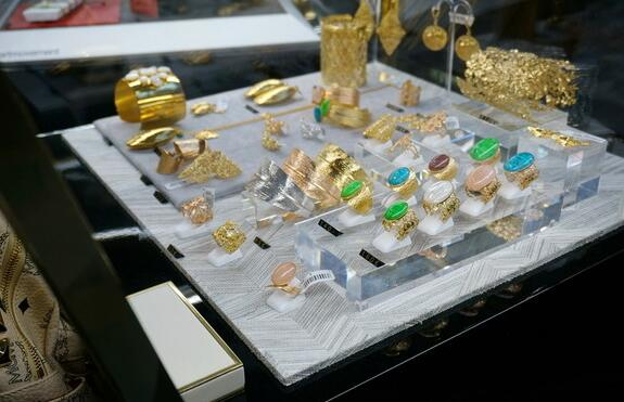 珠宝展示柜的设计理念是什么?