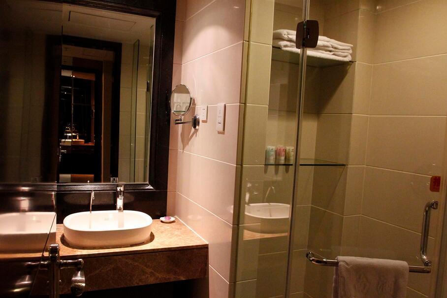 干湿分离的卫生间中间要隔断吗?