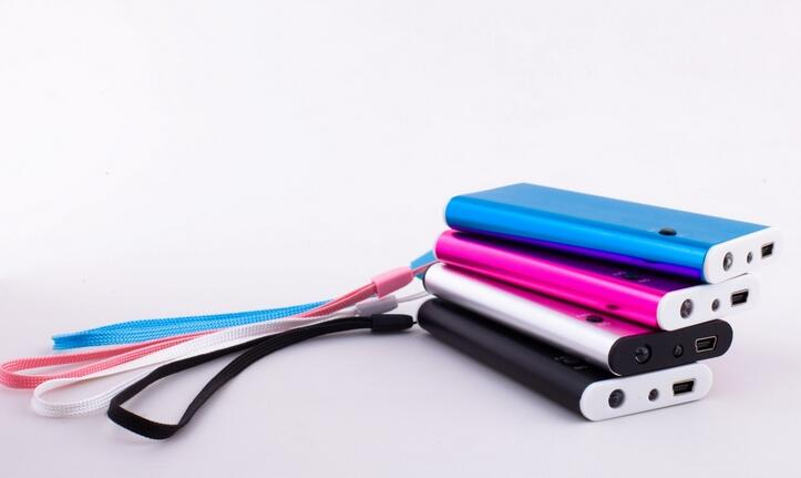 什么牌子的充电宝最好?