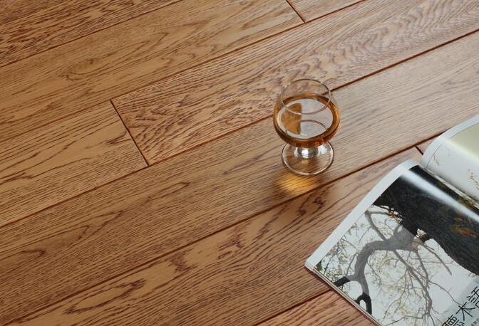 橡木地板好吗?