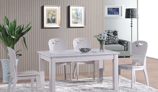 大理石餐桌放在家里怎么样?