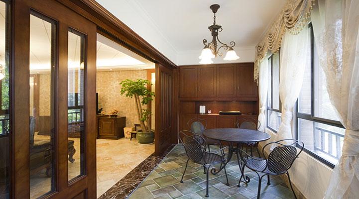 客厅与阳台之间的墙垛,一般是多宽?