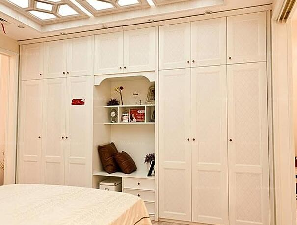 索菲亚衣柜价格怎么算?定制一个索菲亚衣柜多少钱?