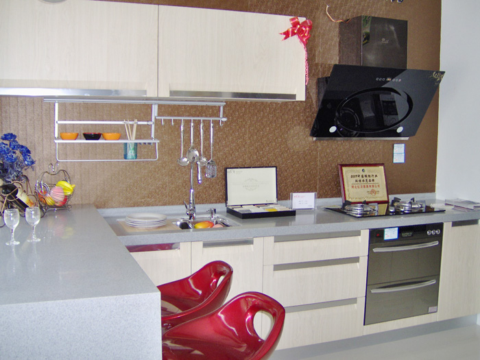红日厨卫中橱柜使用效果怎么样呢?