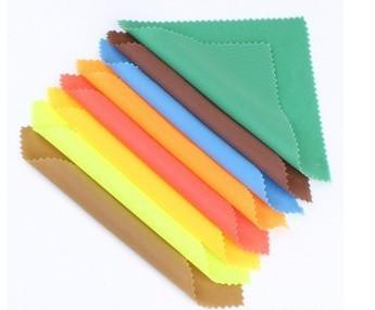 超细纤维清洁布拿来包裹眼镜,真的能防止眼镜被刮花吗?