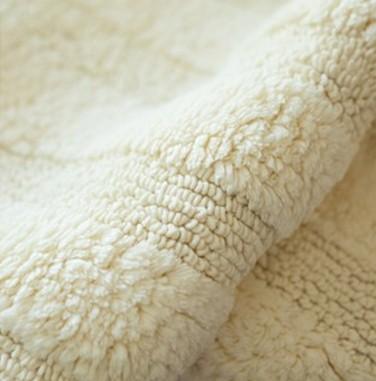 pvc方块地毯有好坏之分吗?pvc方块地毯该如何辨别好坏呢?