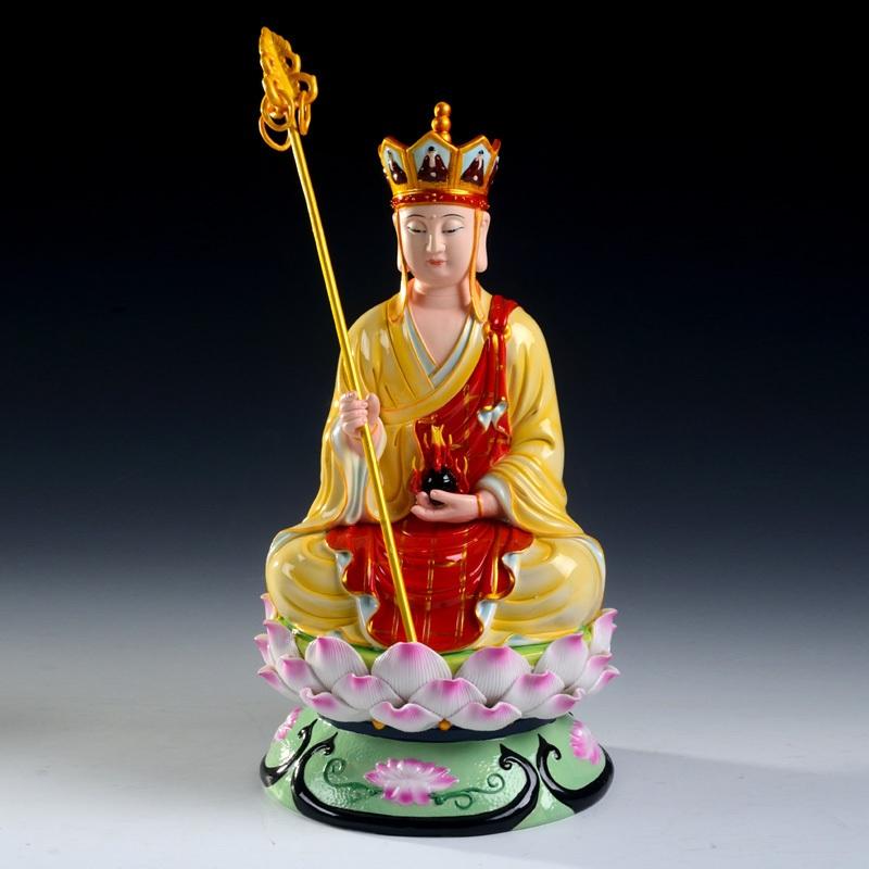 地藏王菩萨佛像放在家里的时候要如何供奉呢?