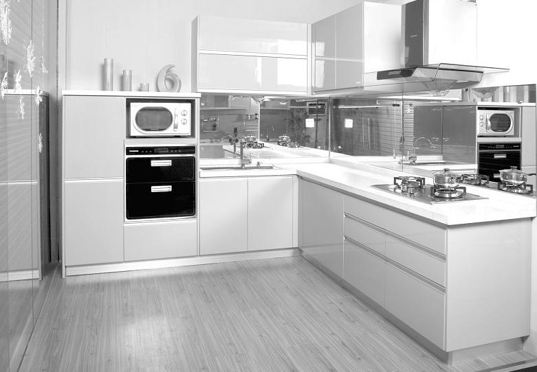 红星美凯龙家具里面的海尔整体厨房看起来怎么样?
