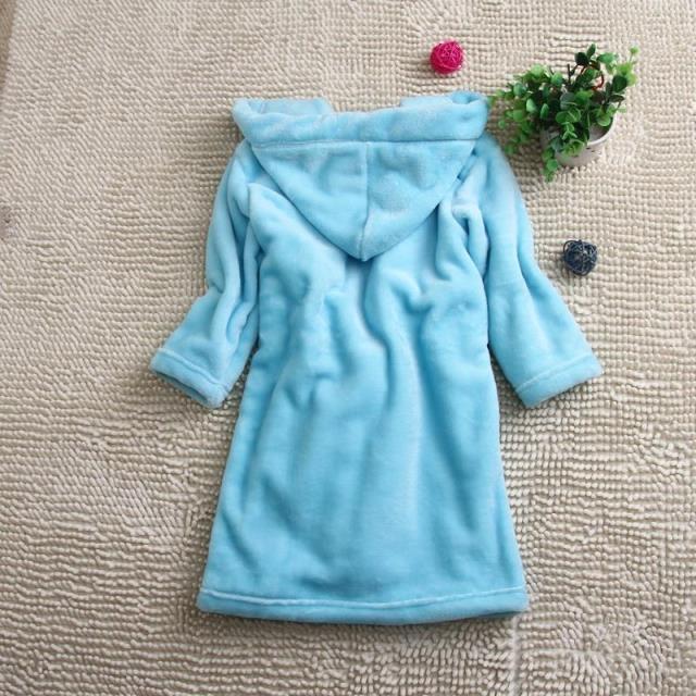 法兰绒和珊瑚绒的浴袍有区别吗?