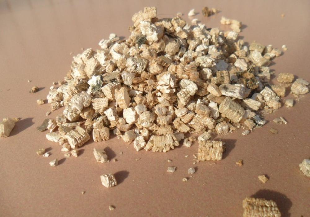 园艺蛭石是由哪些成分构成?