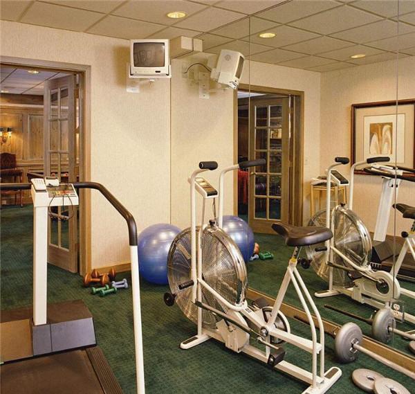 地下室改健身房