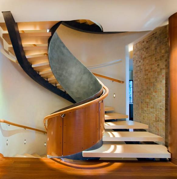 室内旋转楼梯