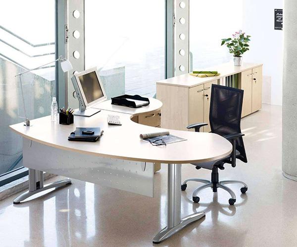 办公桌的七大风水禁忌 办公桌风水布局图例 办公桌风水摆件前十名