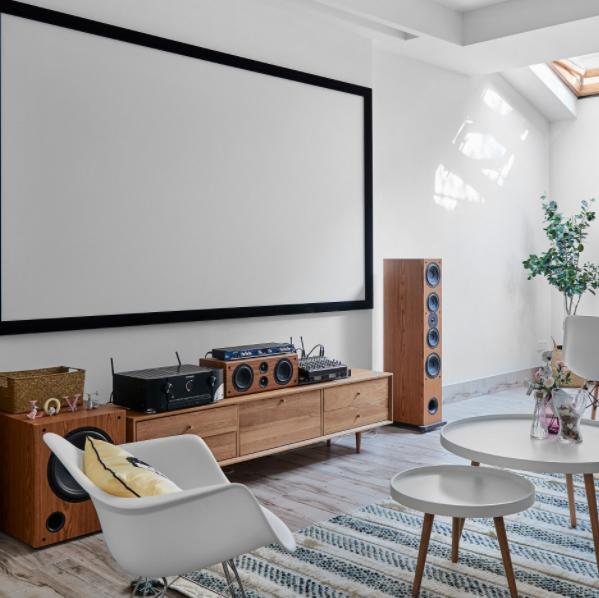 狭长客厅怎么装修设计 狭长客厅如何装修显得大 狭长客厅现代中式简约装修效果