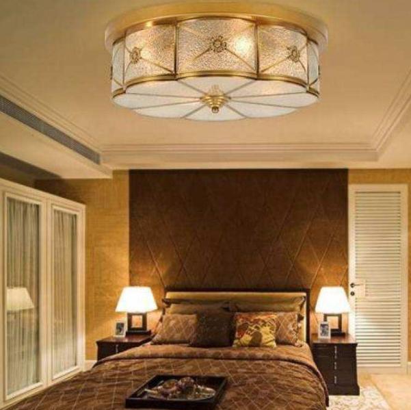 卧室吸顶灯