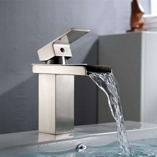 洗浴盆水龙头