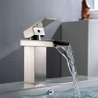 洗浴盆倒是不�e水���^