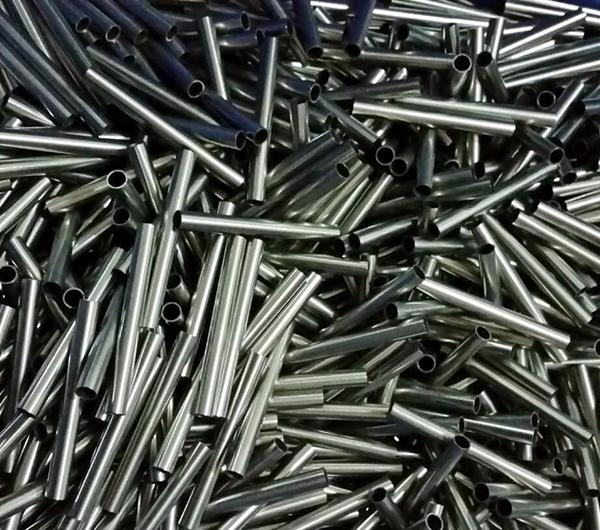 304不锈钢和普通不锈钢区别 304不锈钢多少钱一吨 304不锈钢会生锈吗如何处理