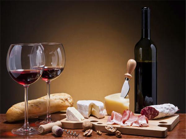 葡萄酒的制作方法 葡萄酒的好处与坏处 葡萄酒品牌前十名