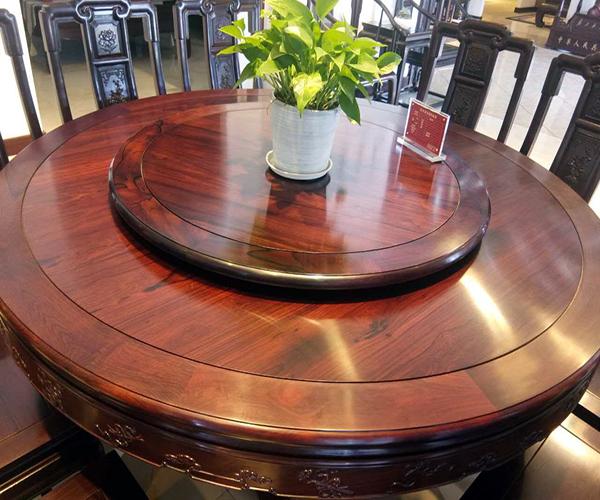 ��木�A餐桌�r格是多可你看我��少 ��木�A餐桌�r格�c尺寸 ��木�A餐桌哪��牌子好
