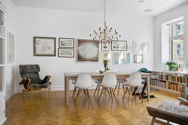 深色地板家具搭配
