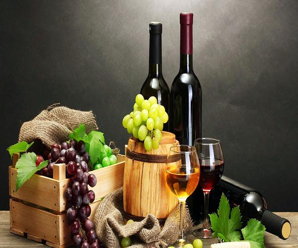 红酒的好处和坏处 红酒的功效与作用 女性喝红酒的最佳时间
