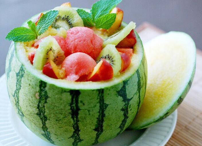 西瓜热量高吗 西瓜到底热量高还是低 西瓜能减肥瘦身吗