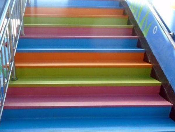 楼梯踏步颜色