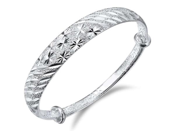 银手镯灵性