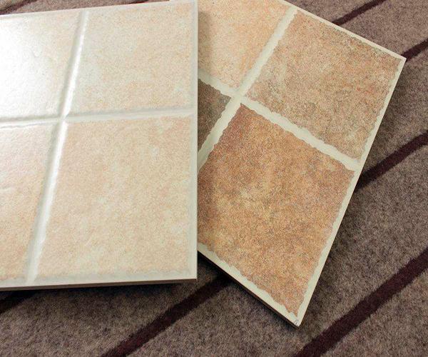 瓷砖表面小坑