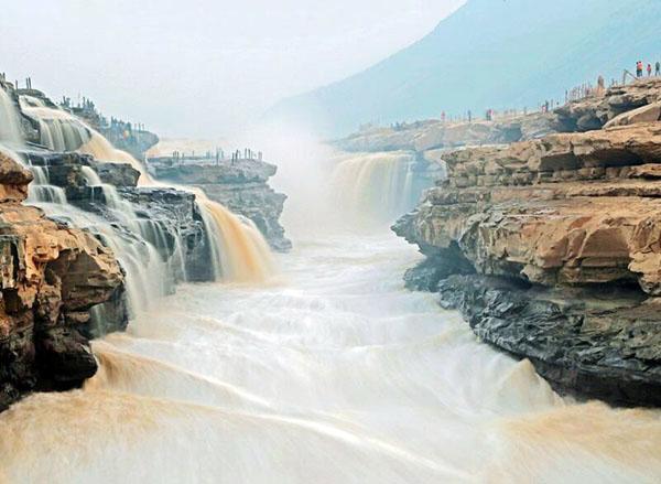 黄河注入什么海 黄河入海口在哪里 黄河源头在哪里流经哪几个省份