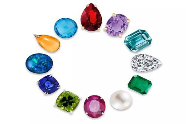 幸运石和生辰石的区别 幸运石是阳历还是阴历 怎么选自己的幸运石
