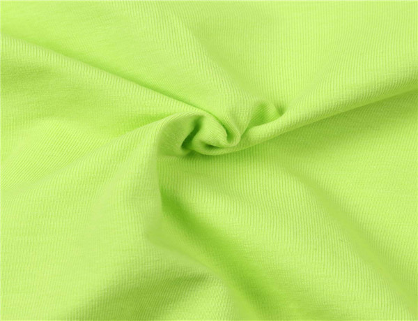 果绿色搭配