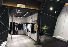 100平米服装店装修