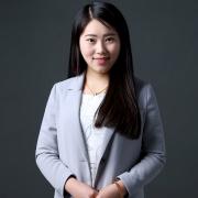 雅(ya)騰裝飾企(qi)業設(she)計師張(zhang)玲(ling)