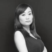 深圳(chou)領航(hang)裝飾設計師李(li)婷(ting)婷(ting)