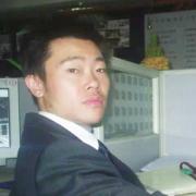 正春(chun)裝(zhuang)飾設計師唐慶