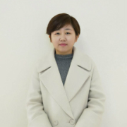 春秋装饰设计师朱宏丹