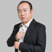 万美装饰设计师陈潘
