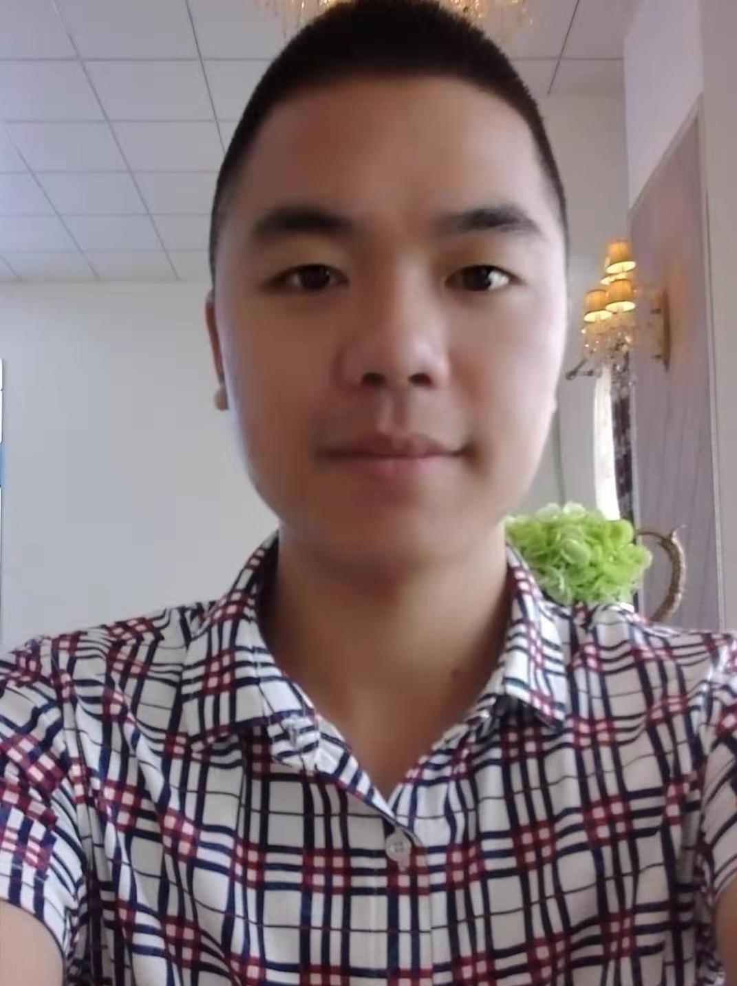 福州宏日装饰设计师陈登城