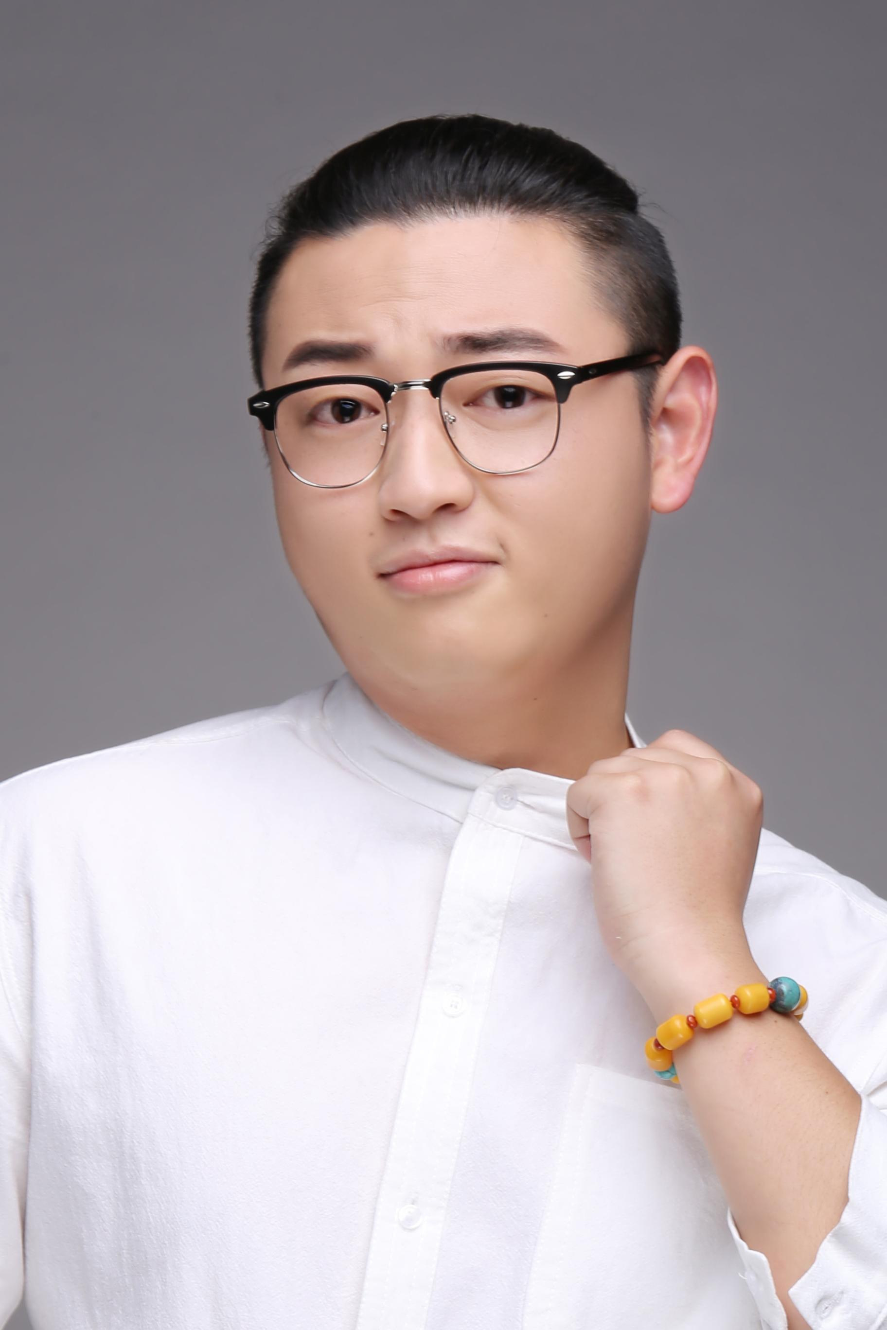 奥林装饰设计师陈金祥