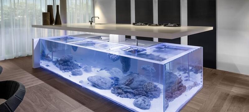 独特单身公寓现代鱼缸造景吧台设计图片