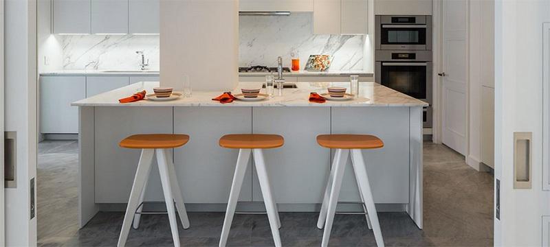精致的欧式别墅型厨房装修效果图欣赏