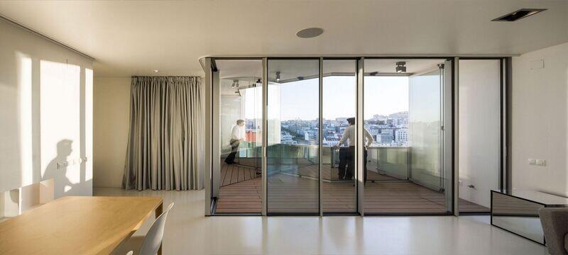 大户型经典的室内玻璃隔断装修效果图
