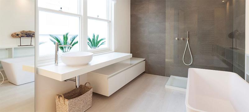 现代简约风格大户型卫生间装修效果图鉴赏